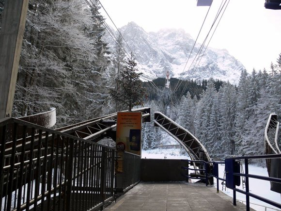 Гора Цугшпитце - нижняя станция канатной дороги на Айбзее