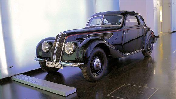 Музей БМВ - BMW 327/28.
