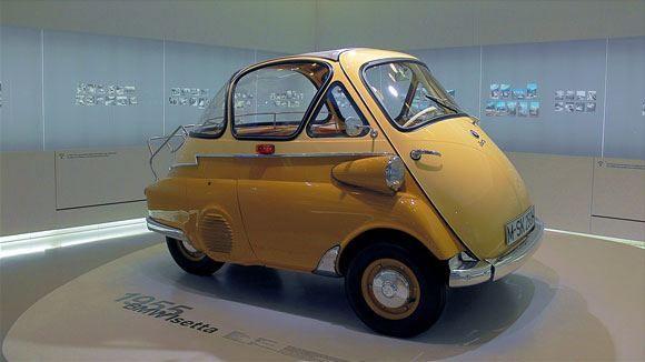 Музей БМВ - Автомобиль Isetta.