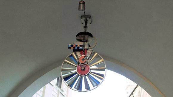 Старая Ратуша Мюнхена - Прыгает, крутится и звенят колокольчики