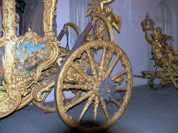 Музей карет Дворца Нимфенбург - Колесо кареты