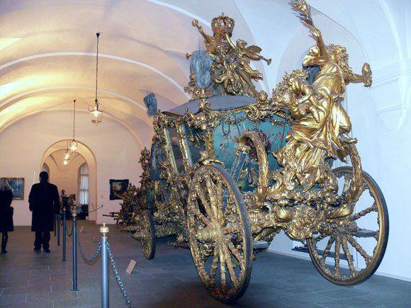 Музей карет Дворца Нимфенбург - Сама Фортуна славит того, кто едет в этой божественной колеснице