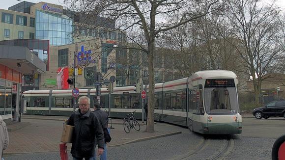 История Аугсбурга. Конечная остановка трамвая – вокзальная площадь.