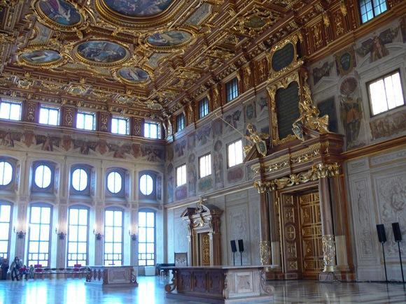 Золотой зал Ратуши Аугсбурга, в котором проходят городские собрания, торжественные заседания, концерты