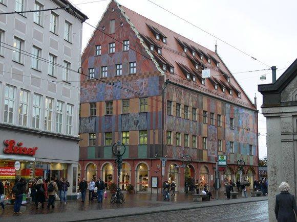 Дом ткачей в Аугсбурге. Вид со стороны Fischerstrasse.