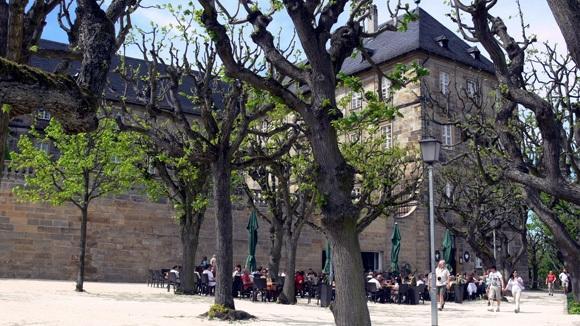 Экскурсия в Бамберг. Монастырь Св. Михаэля. Биргартен в монастырском саду.
