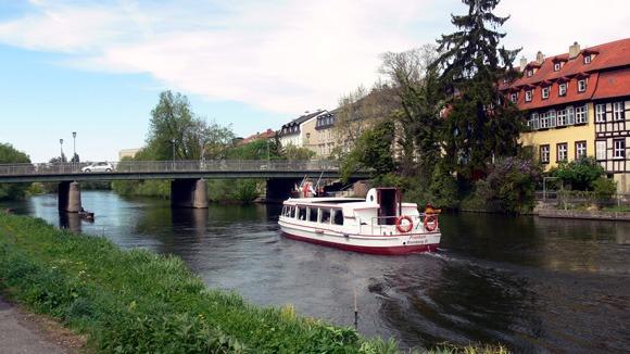 Экскурсия в Бамберг. По реке Регнитц можно проплыть на прогулочном кораблике до Майна.