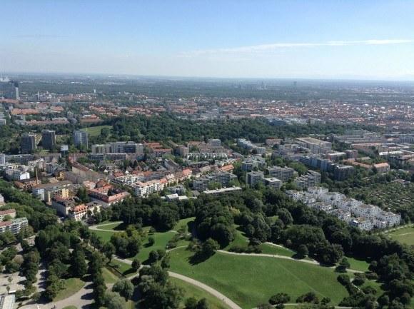 Олимпийская башня Мюнхена. Восток Мюнхена (чуть-чуть южнее).