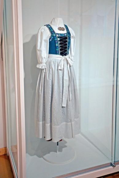 Дахау, Бавария. Bezirksmuseum. Нарядное женское платье.
