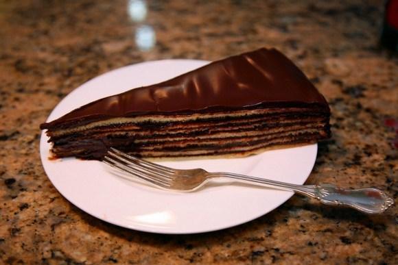 Торт Принц-регент (Prinzregententort). Получилось вот такое шоколадное чудо.