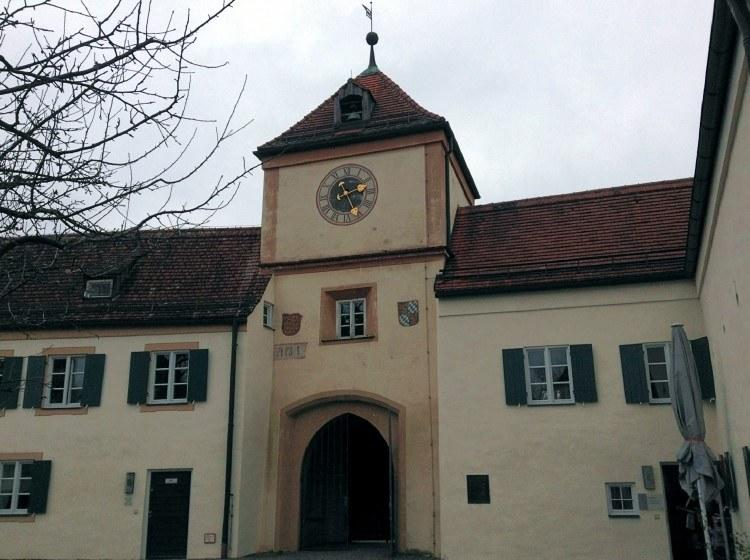 Часовая башня Замка Блютебург