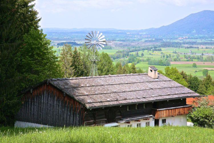 Сельская электростанция.