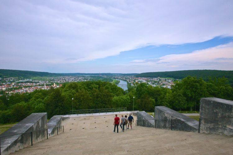 Вид на Дунай и Кельхайм.