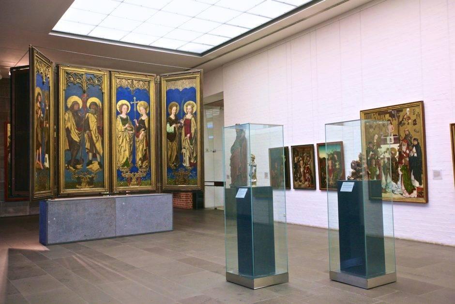 В залах раздела «Позднее средневековье».