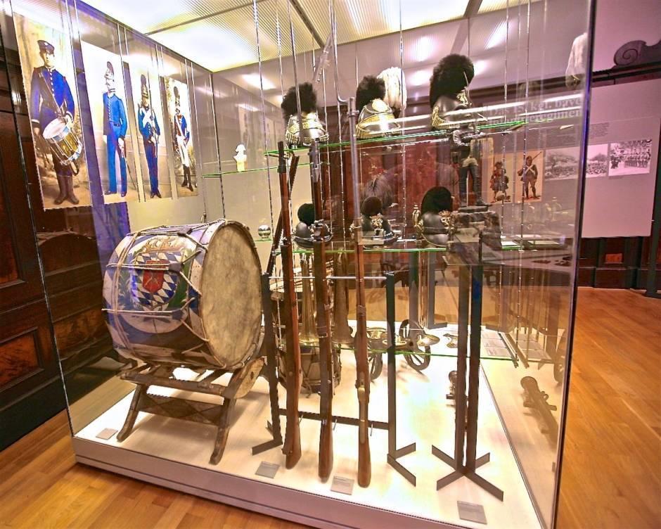 В залах музея замка Нойбурга. История Королевского баварского 15-го пехотного полка