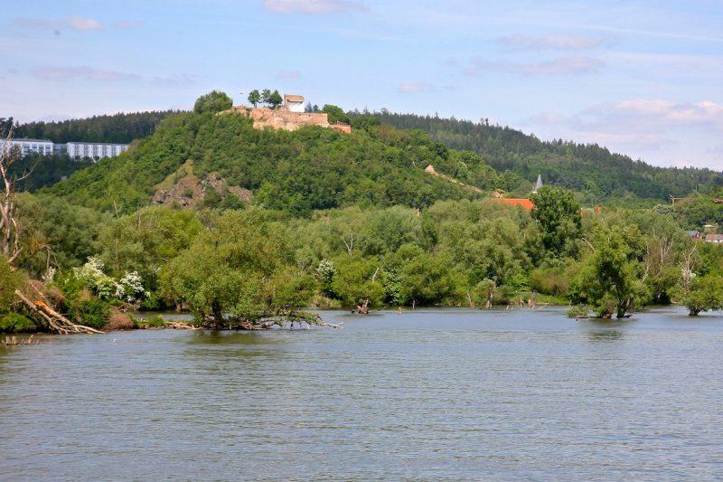 Руины замка Штауф